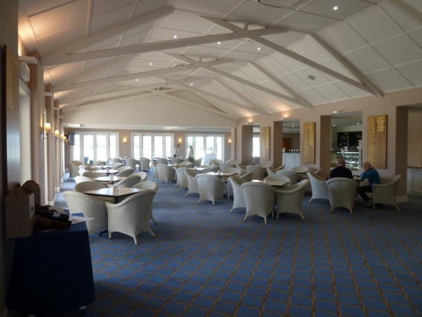 The members bar at Kingston Heath Golf Club