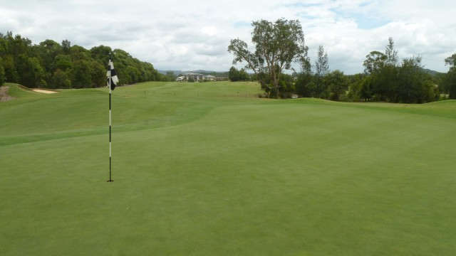 The 10th green at Kooindah Waters Golf Club