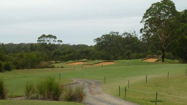 The 6th tee at Kooindah Waters Golf Club
