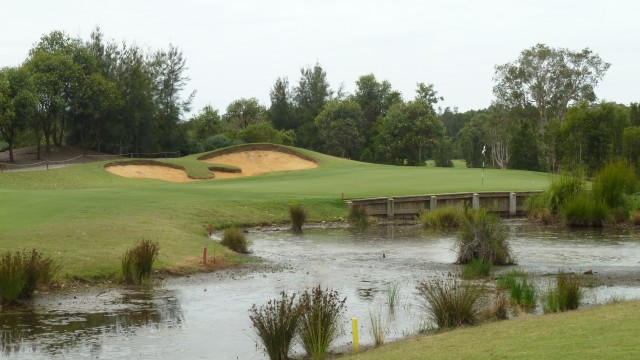The 8th green at Kooindah Waters Golf Club