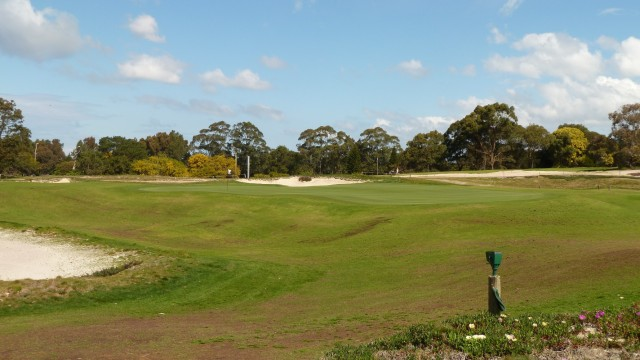 The 2nd green at The Lakes Golf Club