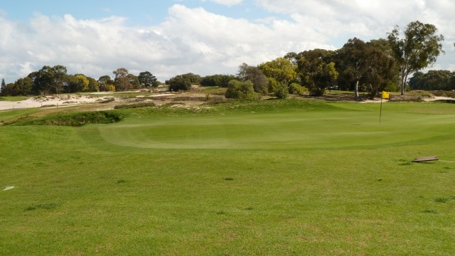 The 4th green at The Lakes Golf Club