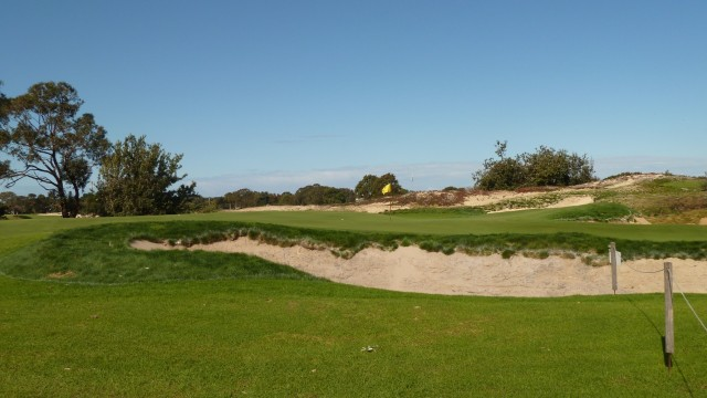The 6th green at The Lakes Golf Club
