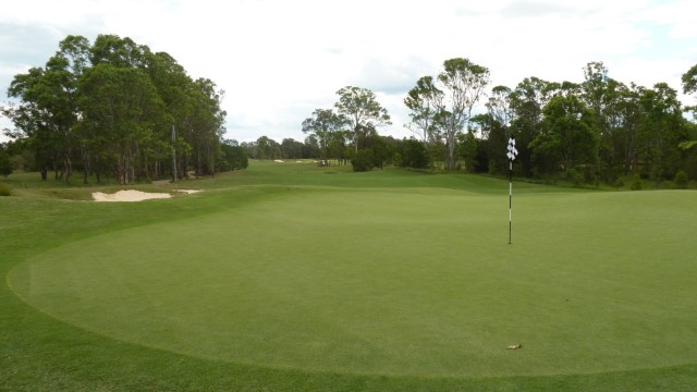 The 4th green at Twin Creeks Golf & Country Club