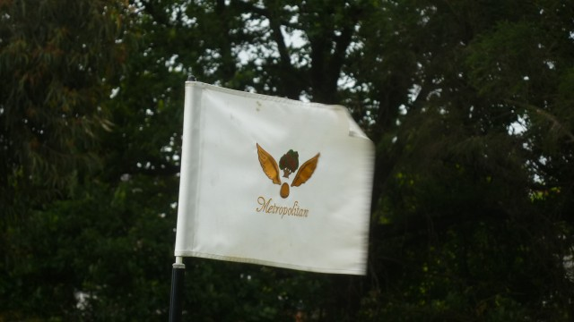Metropolitan Golf Club Pinflag