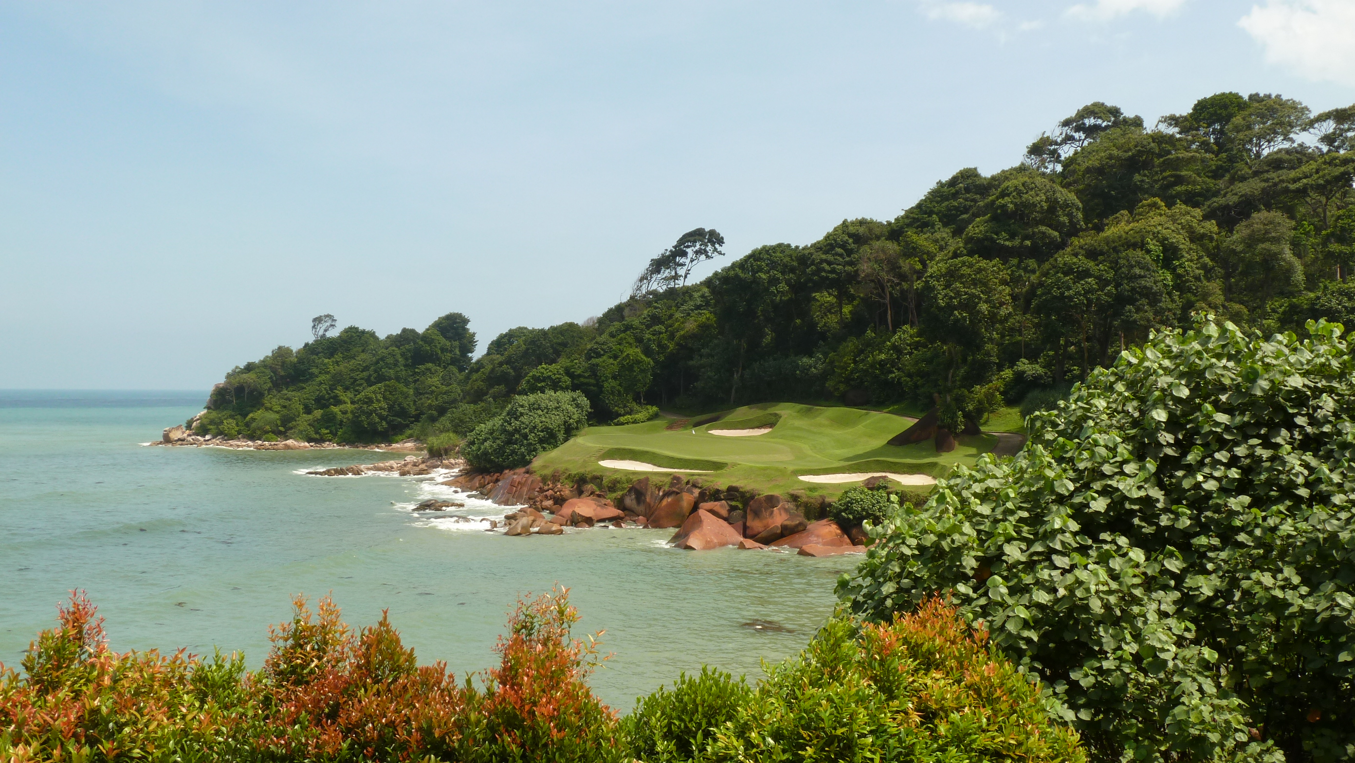 The 9th Hole at Ria Bintan Golf Club Ocean Course