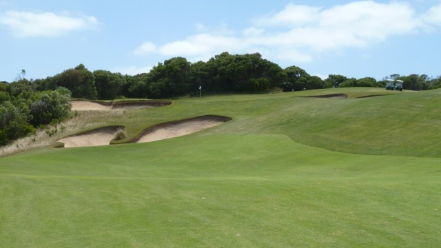 The 8th green at The National Golf Club Old Course