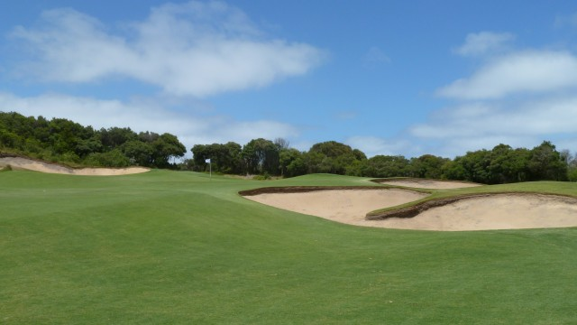 The 9th green at The National Golf Club Old Course