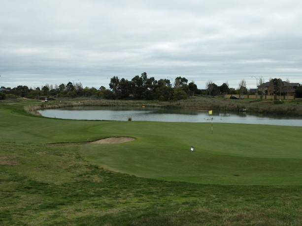 The 6th Green at Sanctuary Lakes Club