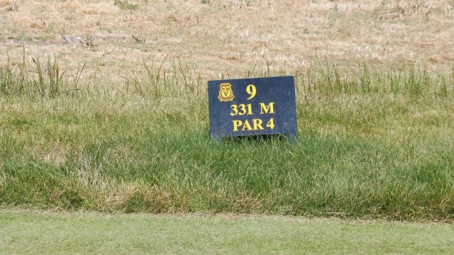 Tee Markers at Glenelg Golf Club