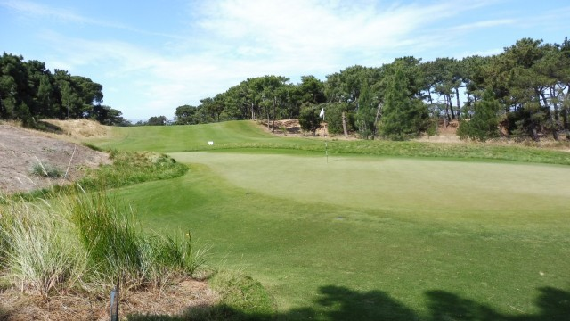 The 3rd green at Royal Adelaide Golf Club