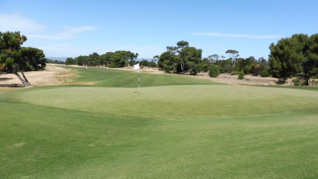 The 9th green at Royal Adelaide Golf Club