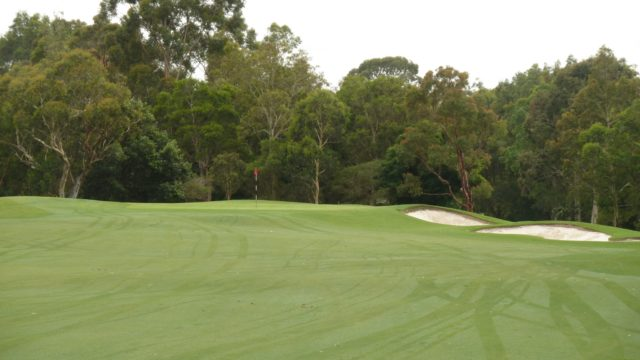 The 5th green at Avondale Golf Club