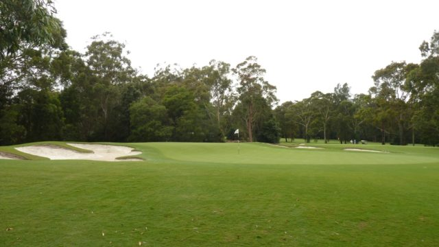 The 6th green at Avondale Golf Club