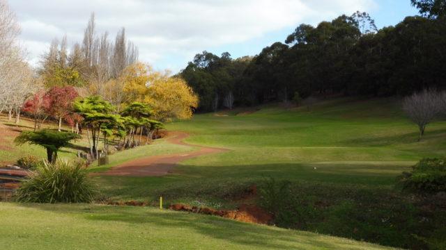 The 18th tee at Araluen Golf Resort