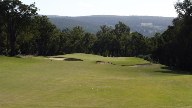 The 6th fairway at Araluen Golf Resort