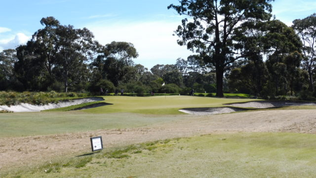 The 19th green at Metropolitan Golf Club