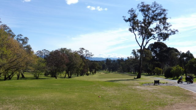 The 1st tee at Federal Golf Club