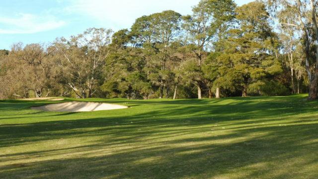 The 9th green at Federal Golf Club