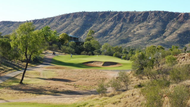 The 3rd tee at Alice Springs Golf Club