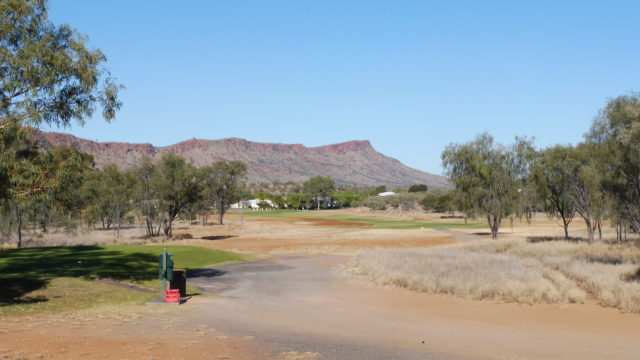 The 6th tee at Alice Springs Golf Club