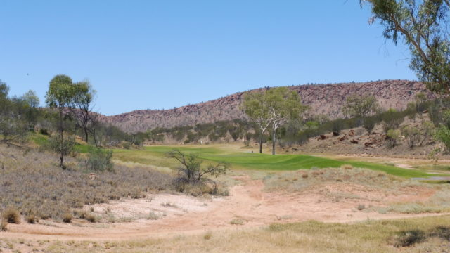 The 8th green at Alice Springs Golf Club