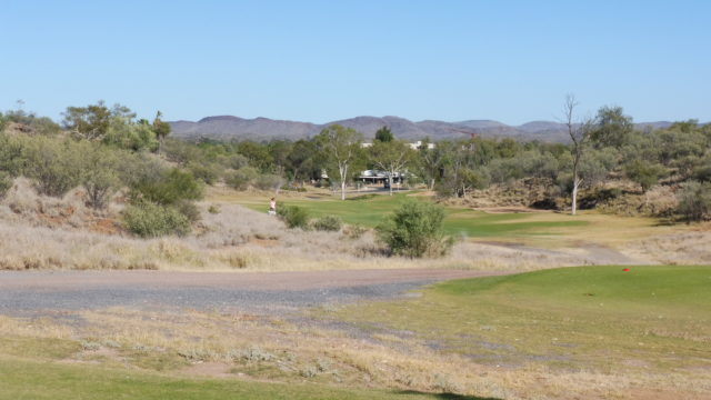 The 8th tee at Alice Springs Golf Club