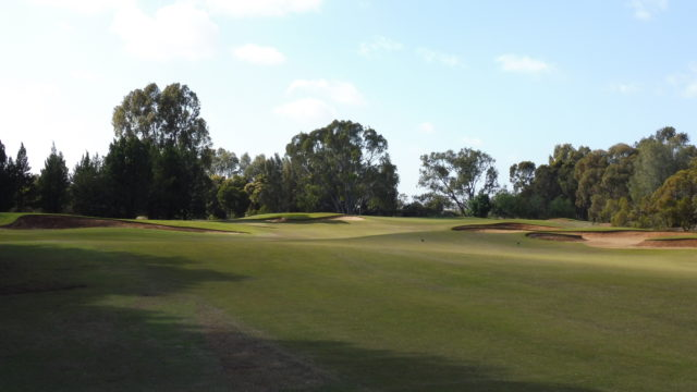 The 1st fairway at Murray Downs Golf Country Club