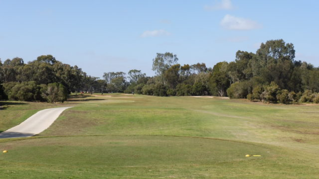 The 4th tee at Murray Downs Golf Country Club
