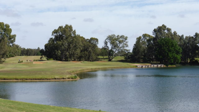 The 5th tee at Murray Downs Golf Country Club