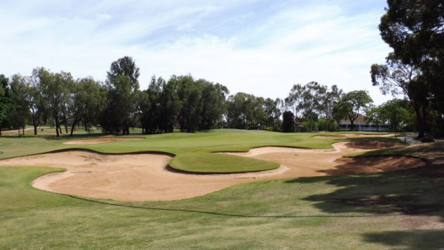 The 9th green at Murray Downs Golf Country Club