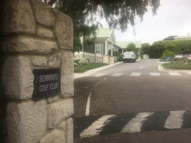 Entrance to Sorrento Golf Club