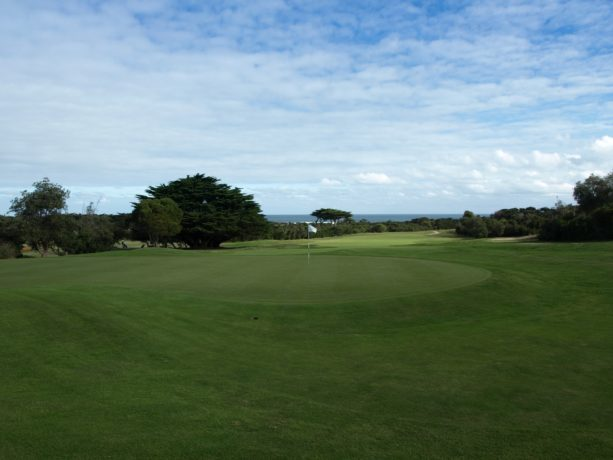 The 18th green at Flinders Golf Club