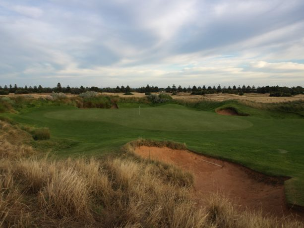 The 1st green at Links Lady Bay Golf Resort