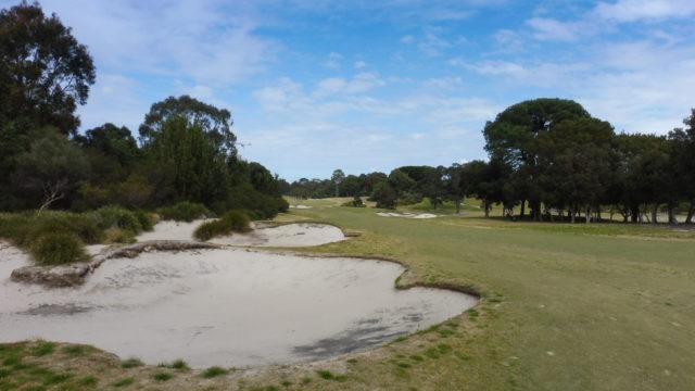 The 1st fairway at Bonnie Doon Golf Club
