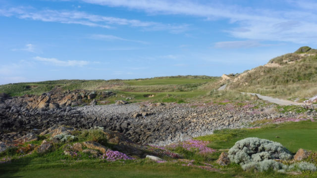 The 11th tee at Cape Wickham Links
