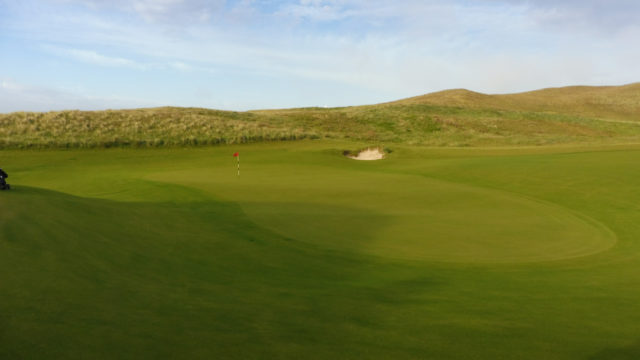 The 14th green at Cape Wickham Links
