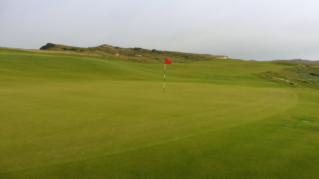 The 15th Green at Cape Wickham Links