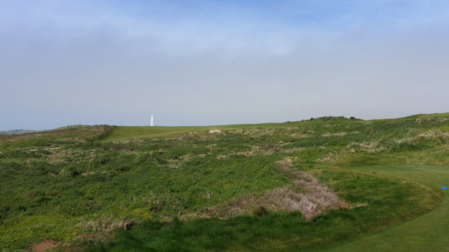 The 4th tee at Cape Wickham Links