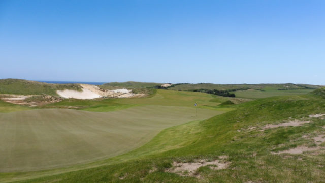 The 12th green at Ocean Dunes