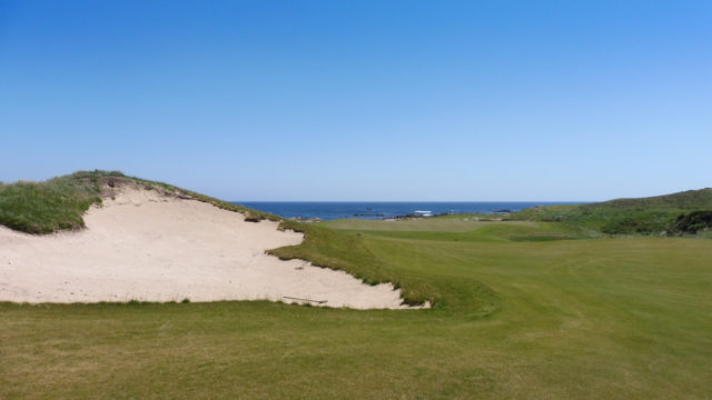The 16th green at Ocean Dunes