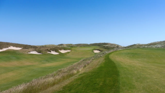 The 18th fairway at Ocean Dunes