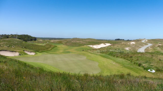 The 18th green at Ocean Dunes