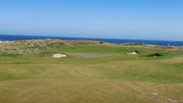 The 6th green at Ocean Dunes
