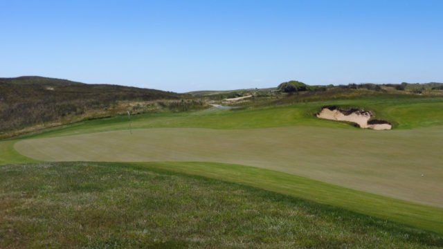 The 8th green at Ocean Dunes