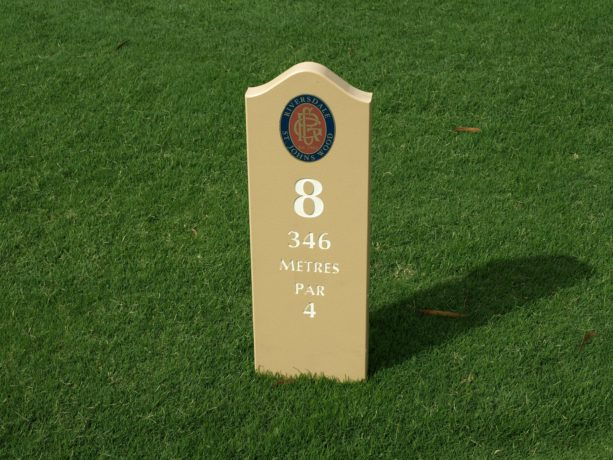 Tee marker at Riversdale Golf Club